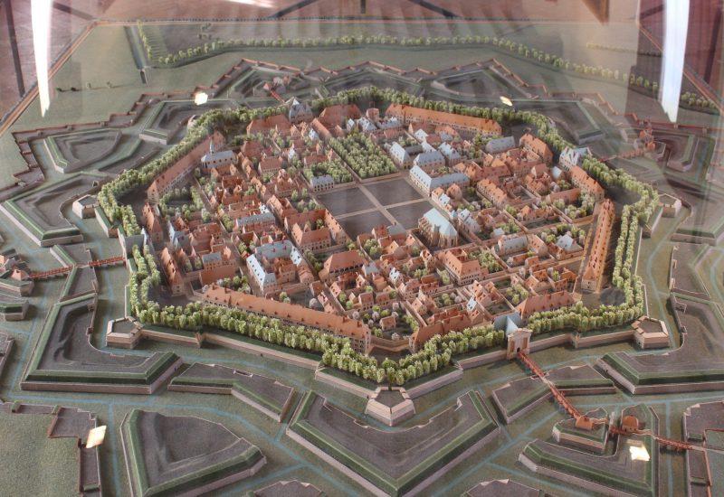 Château de Basoches Vauban plan Vieux Brisach