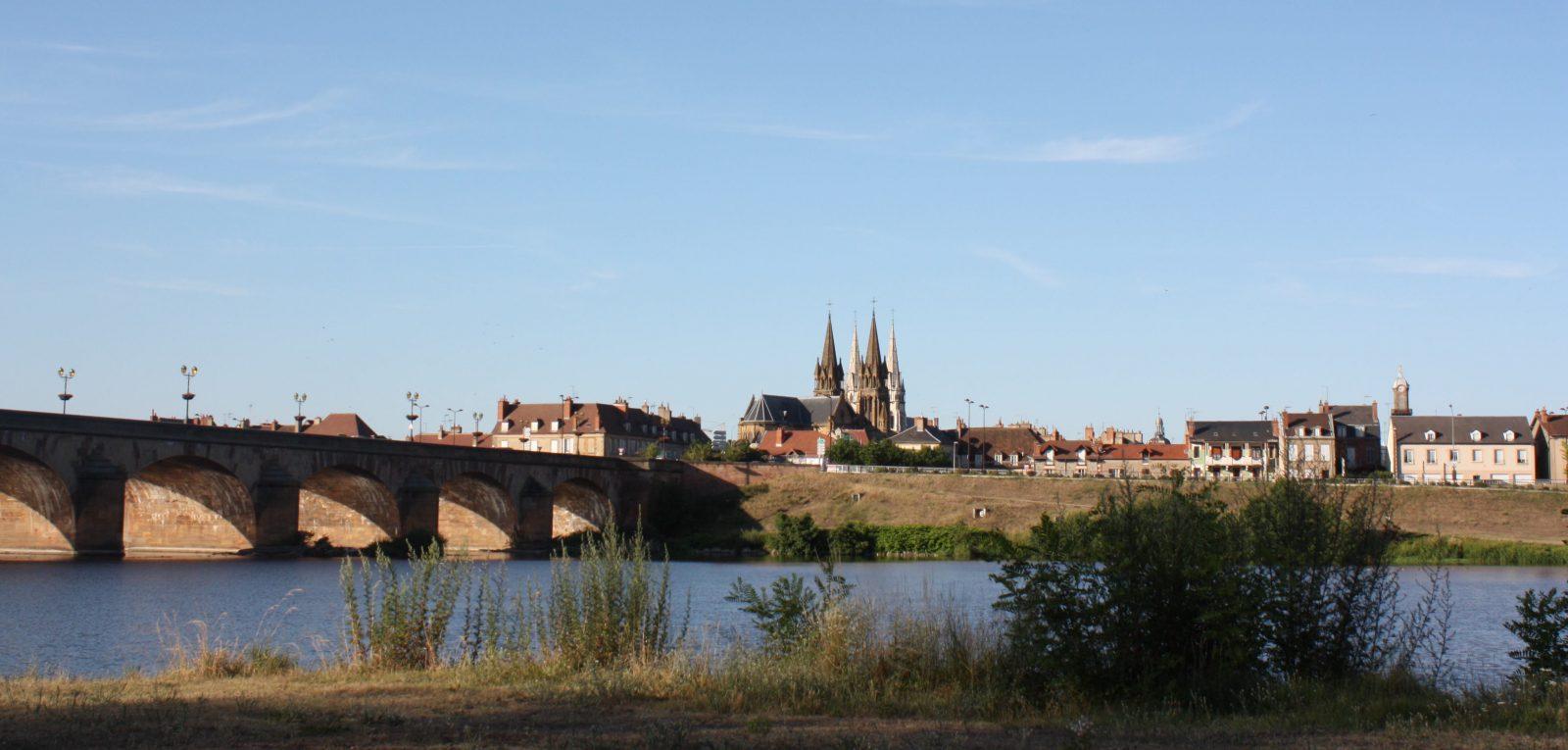 vue moulins- Allier -et-pont-Régemortes