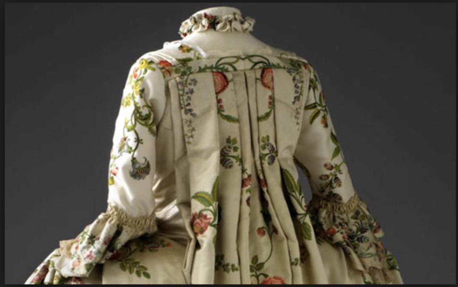 robe 18ème © musée des Tissus