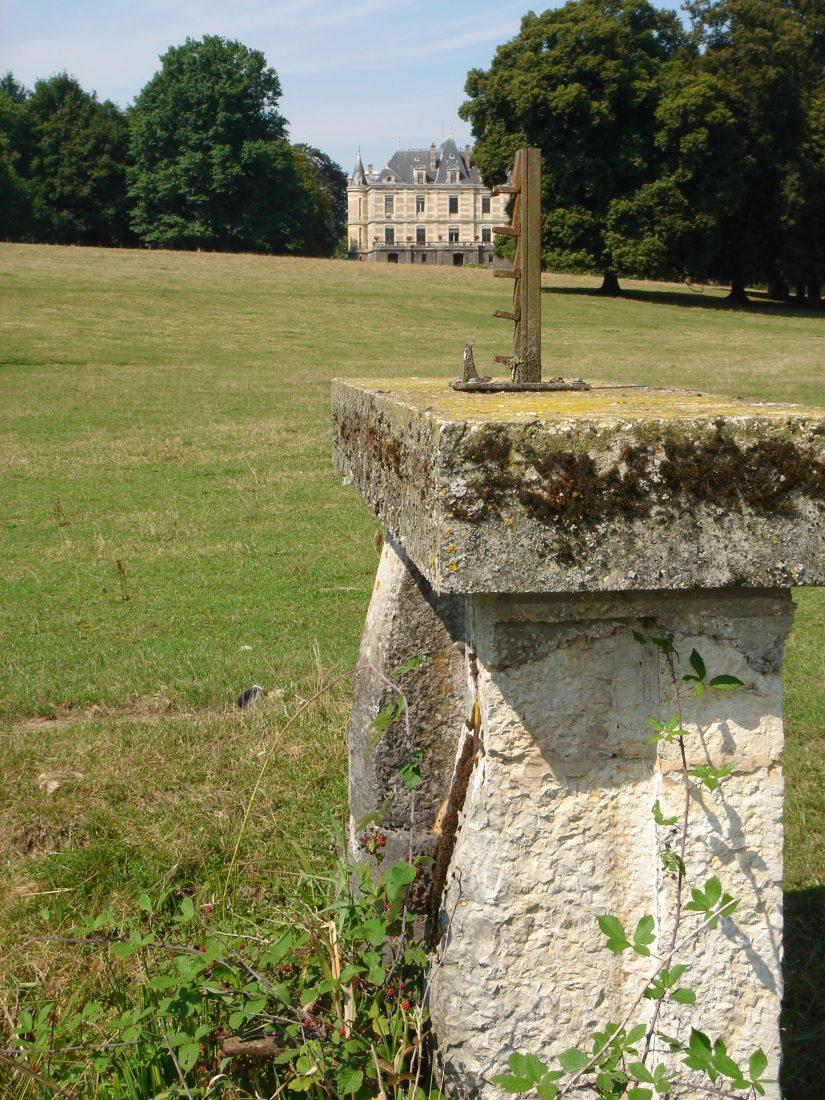 chateau-niii-Fleyriat -@credits photographques chateau de Fleyriat
