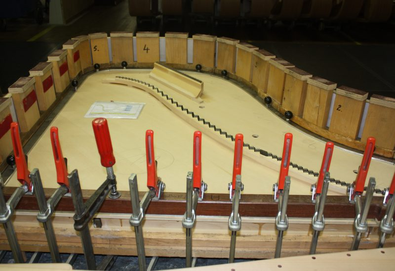 Fabrique Steinway Hambourg - chevalets serrage