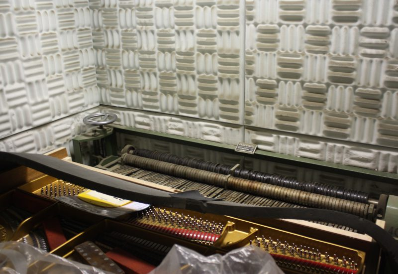 Fabrique Steinway Hambourg - chambre de sonorisation