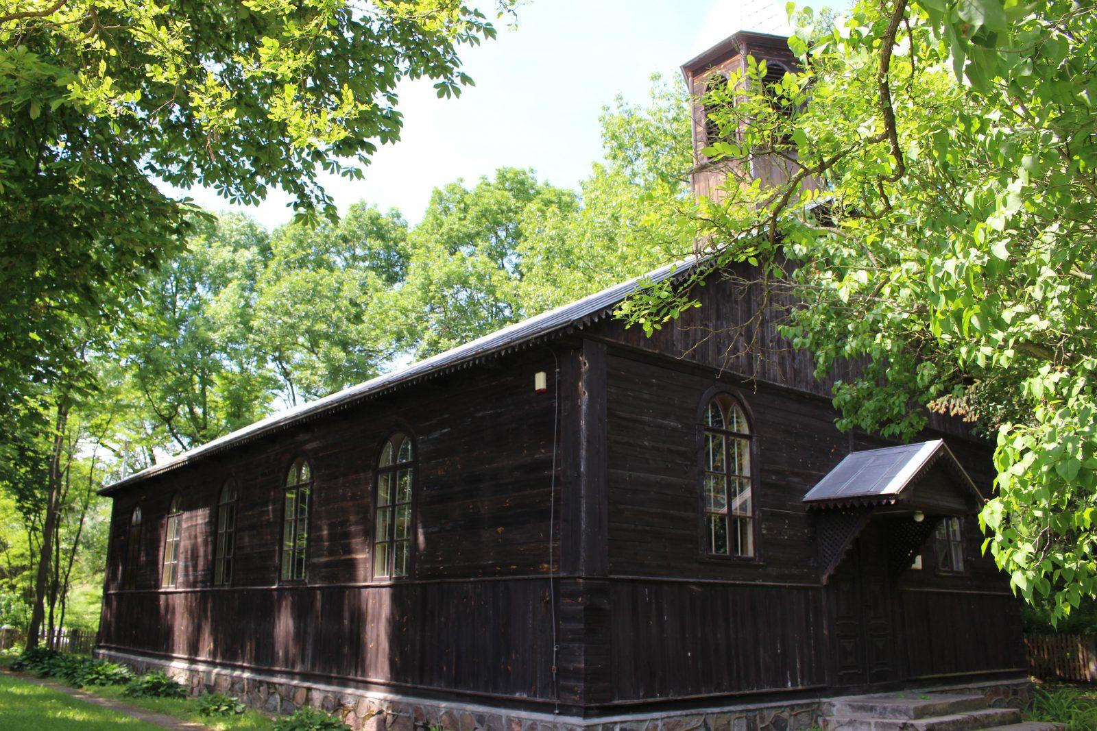 pologne église en bois