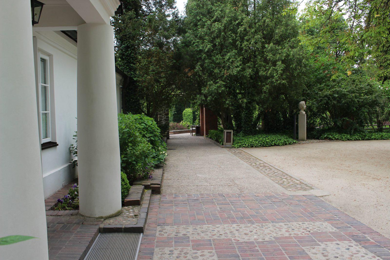 Zelazowa Wola maison natale de chopin - extérieur