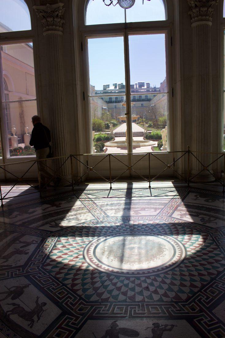 Saint Petersbourg Ermitage jardin et mosaïques