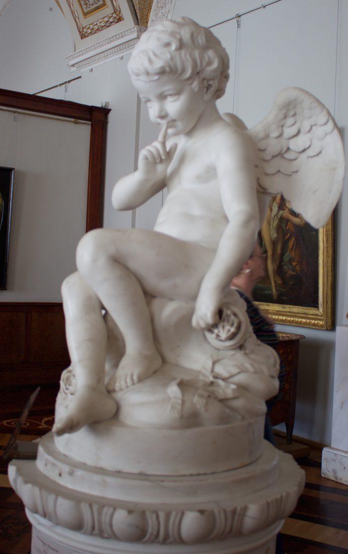 Saint Petersbourg musée Ermitage Sculptures angelot