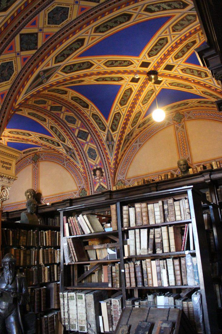 Saint-petersbourg Bibliothèque salle au plafond peint