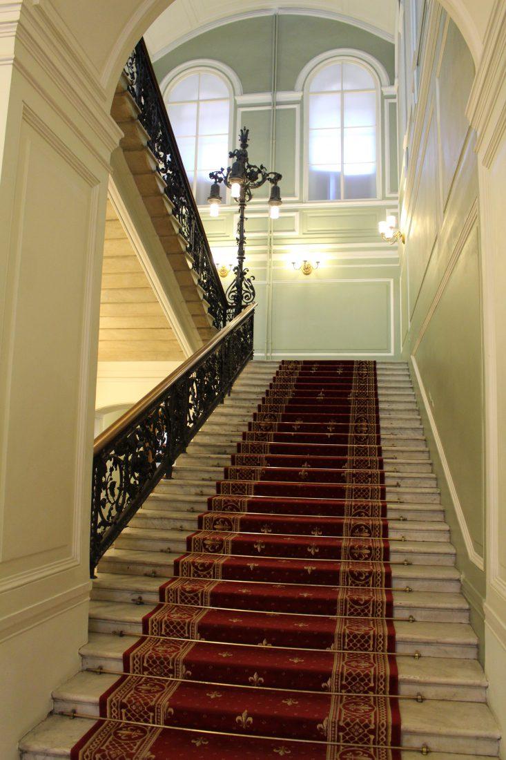Saint-petersbourg grand escalier dans la Bibliothèque de Voltaire