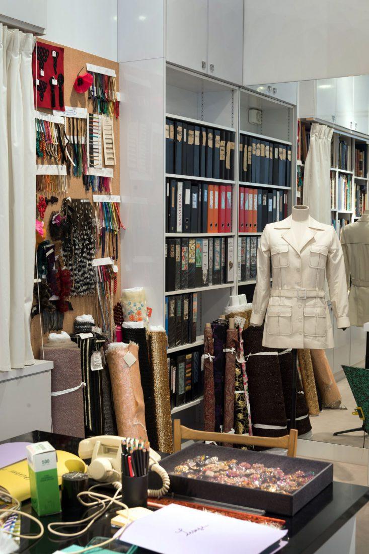 Musée Yves Saint Laurent Paris Saharienne et accessoires / Luc Castel