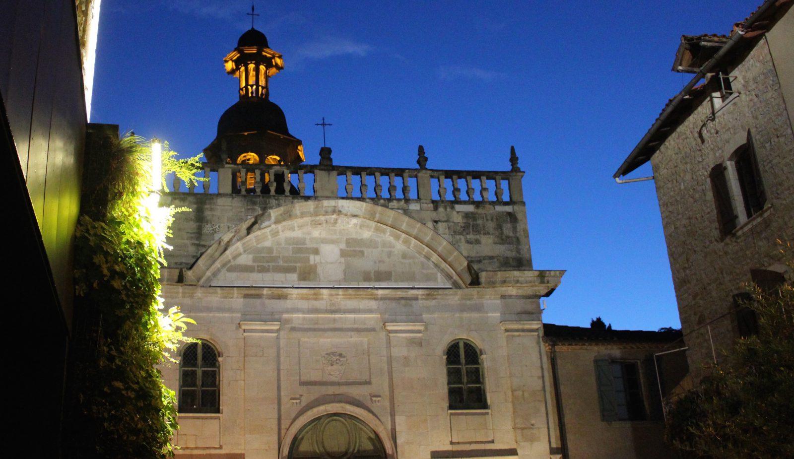 Villefranche de Rouergue Chapelle des Pénitents Noirs de nuit