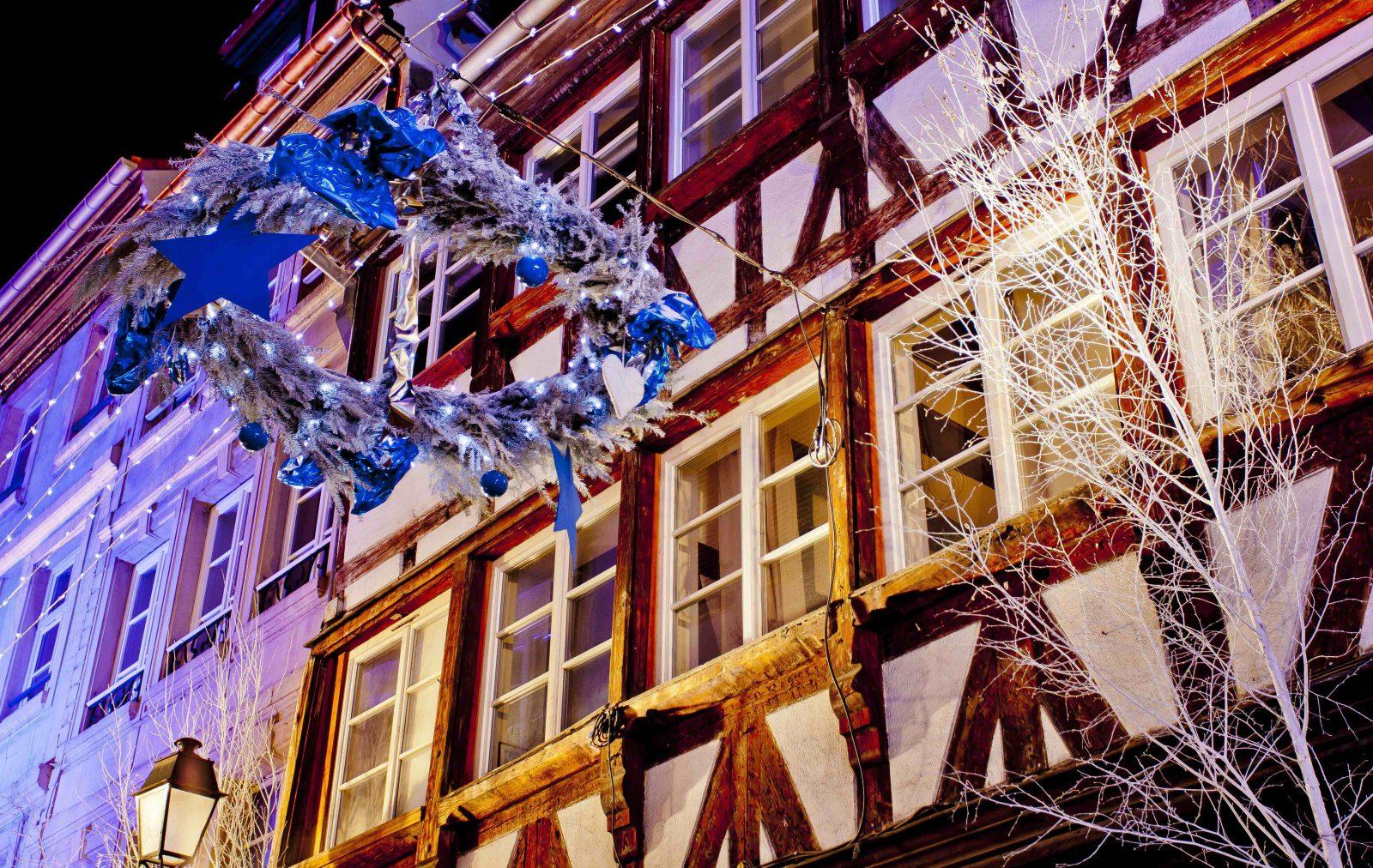 Strasbourg décorations de Noël maisons à colombages