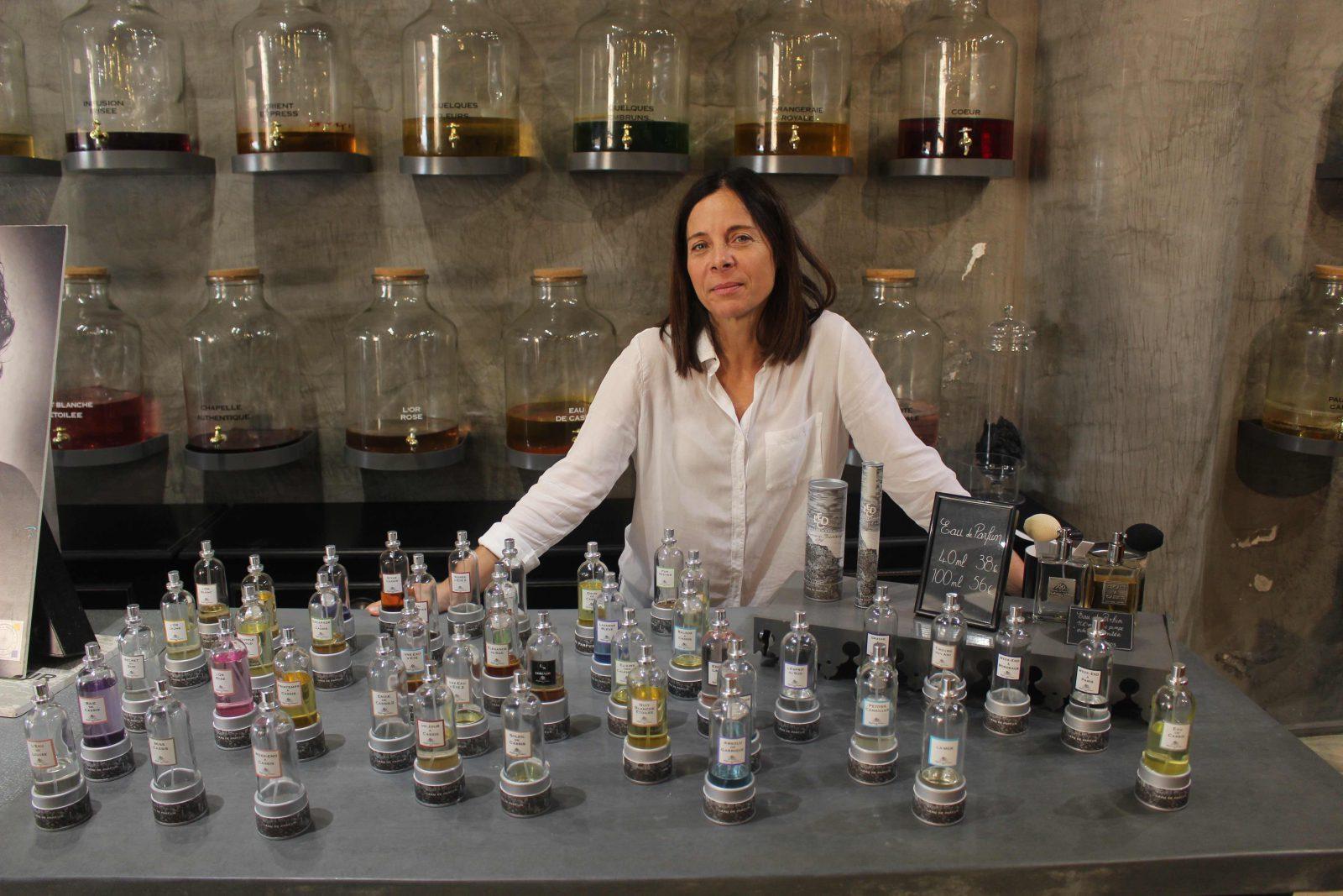 Cassis Eau de Cassis, parfumeur-créateur, Corinne