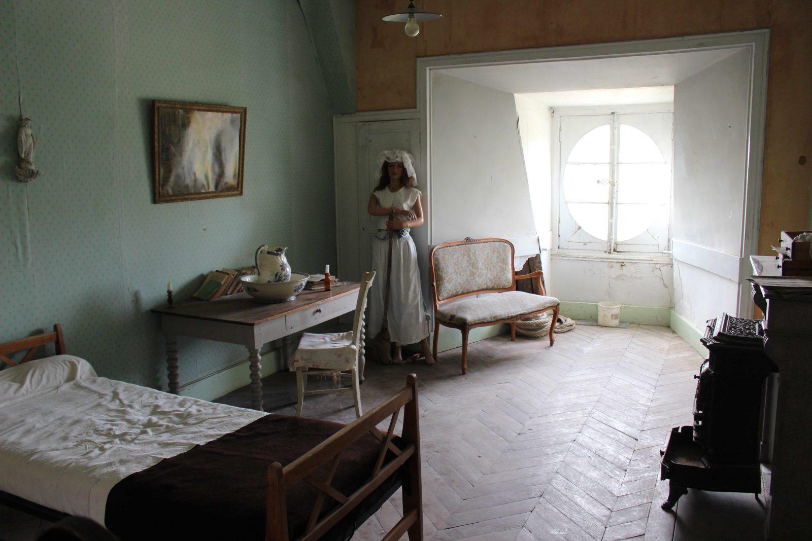 Château de Saint-Fargeau chambre de bonne dans les combles