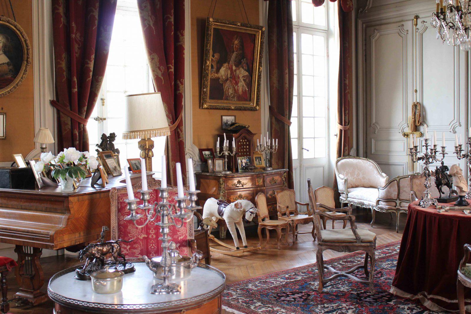 Château de Saint-Fargeau salon