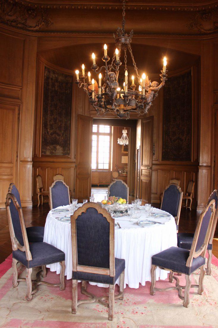Château de Saint-Fargeau salle à manger