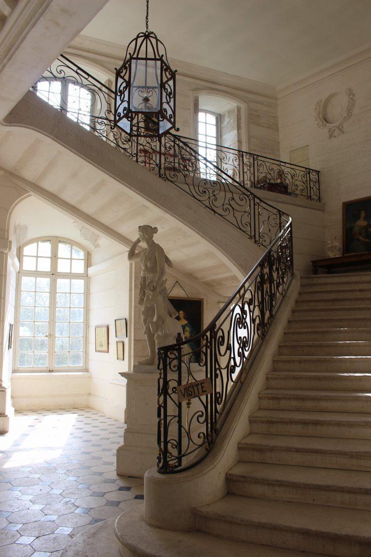 Château de Saint-Fargeau entrée