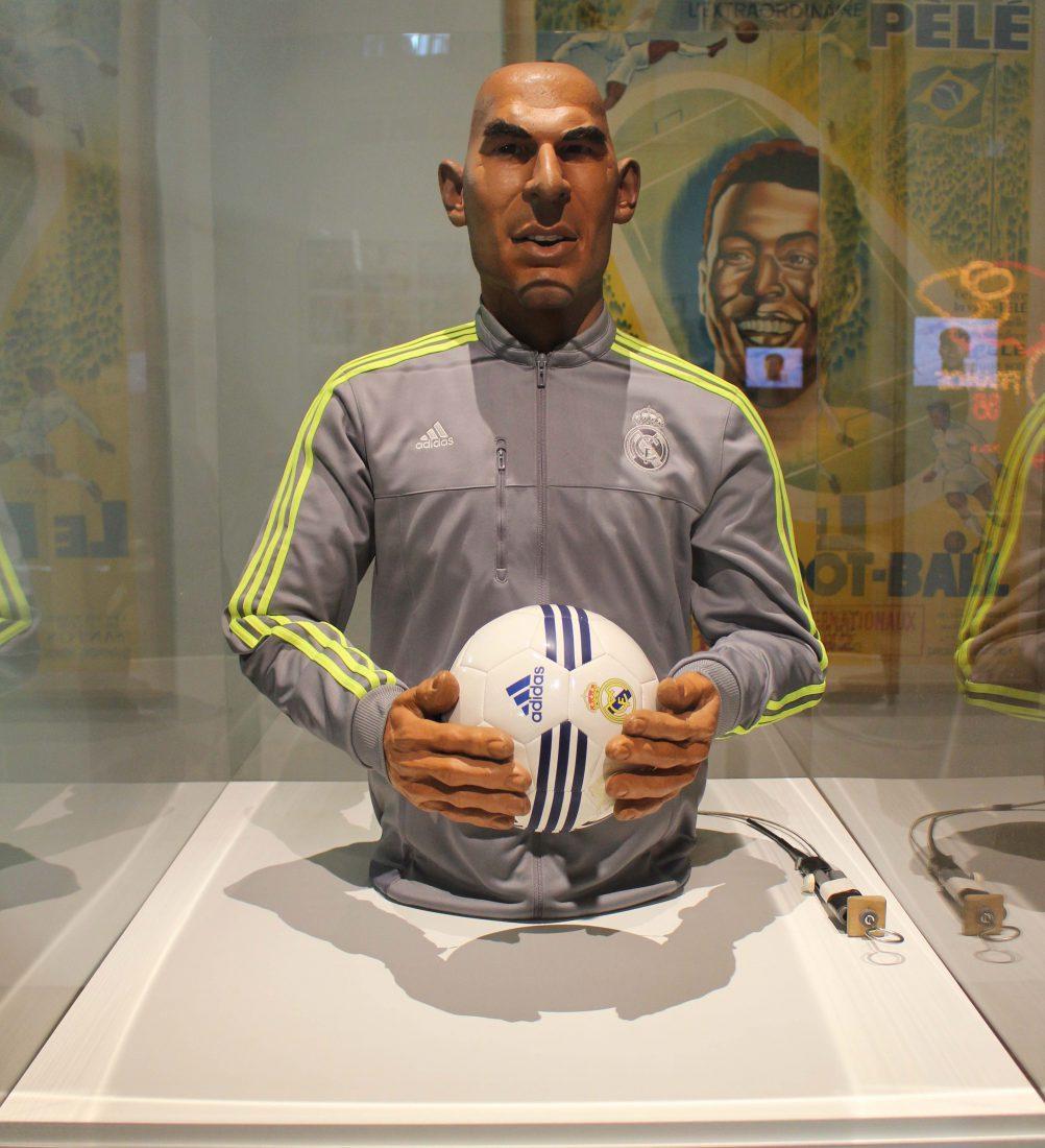 Marseille Mucem - Nous sommes Foot ! marionnette Zidane - les Guignols