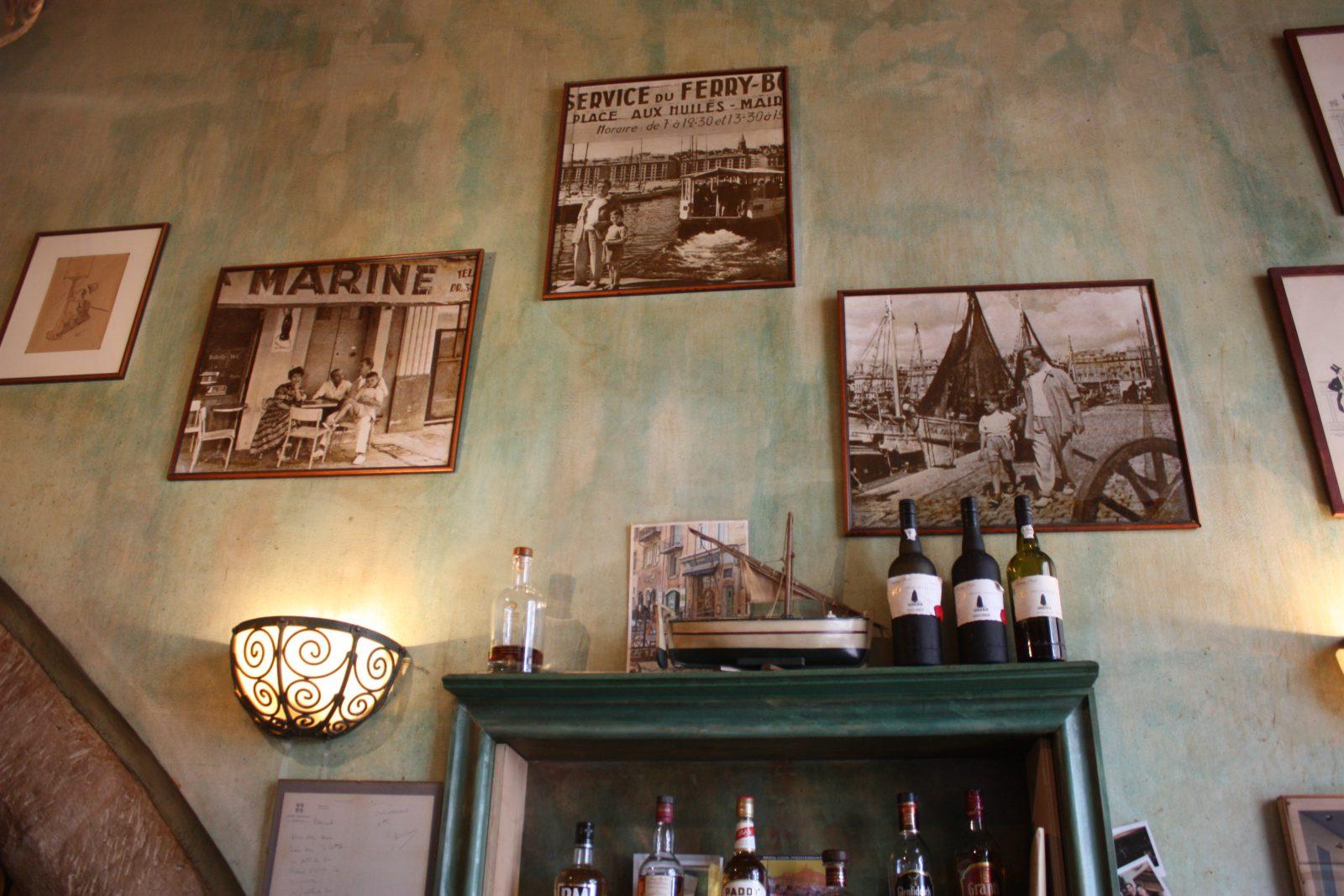 Marseille le Bar de la Marine