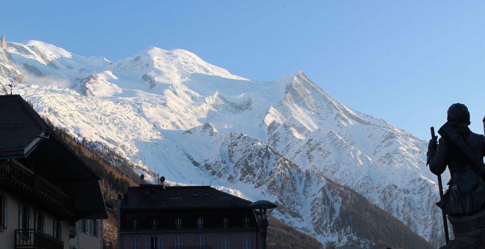 Chamonix et vue sur le Mont-Blanc