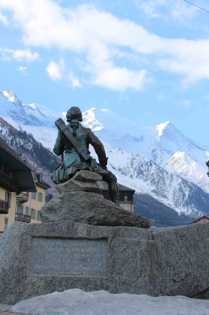 Chamonix statue de Michel Gabriel Paccard