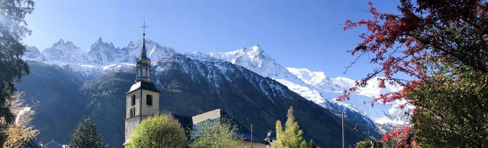 Chamonix panorama et église st Michel