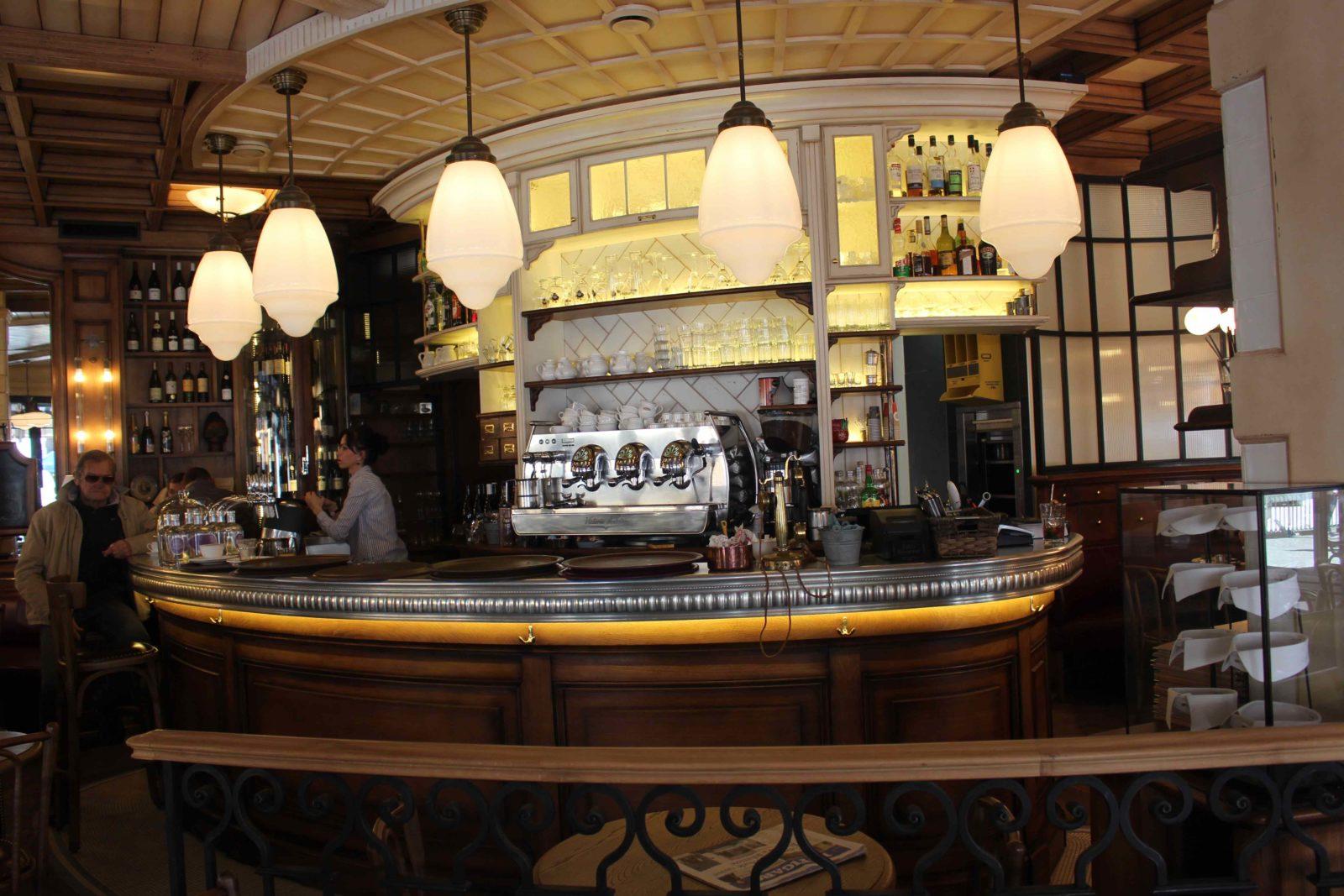 Chamonix restaurant Joséphine le bar