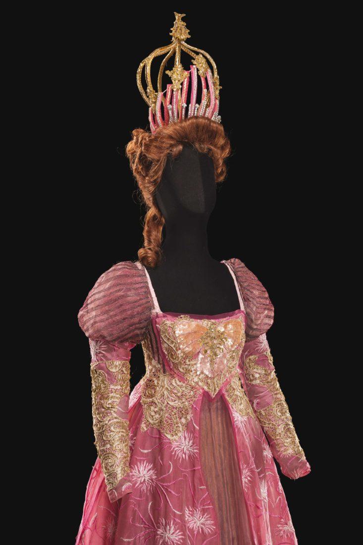 Costume de Philippe Binot pour le rôle de la Reine dans La Belle au bois dormant