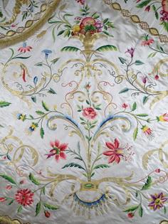 Bouquet or et soie Visitation Fribourg