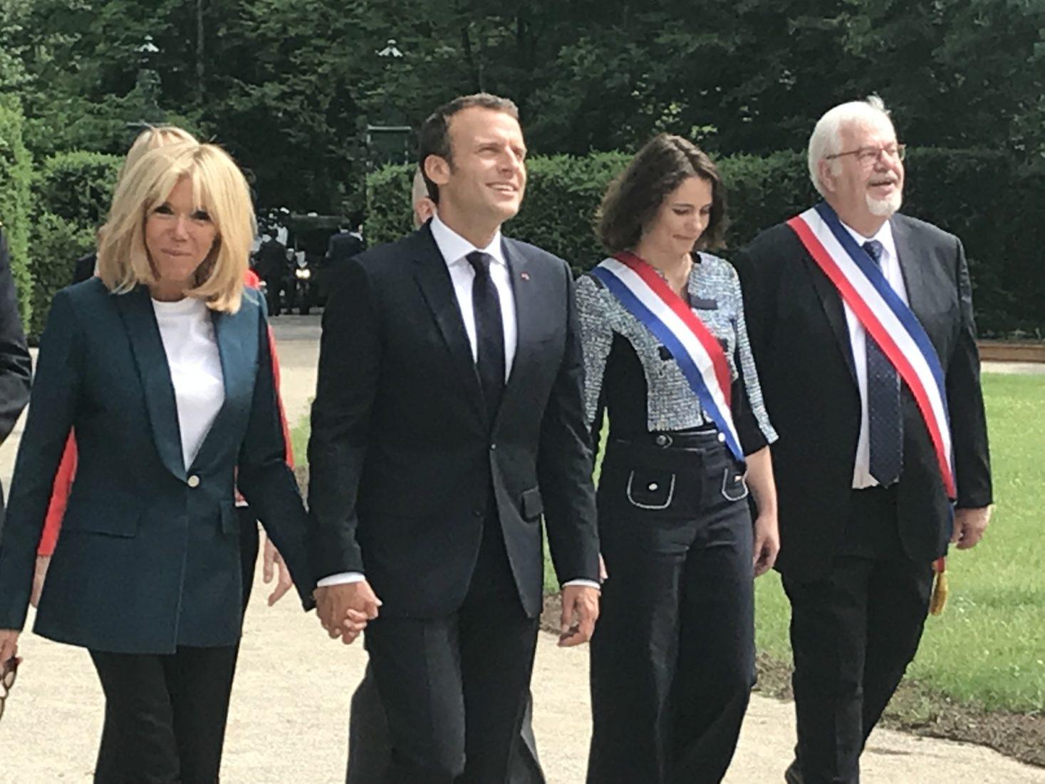 Château de Ferney Voltaire arrivée de Emmanuel et Brigitte Macron