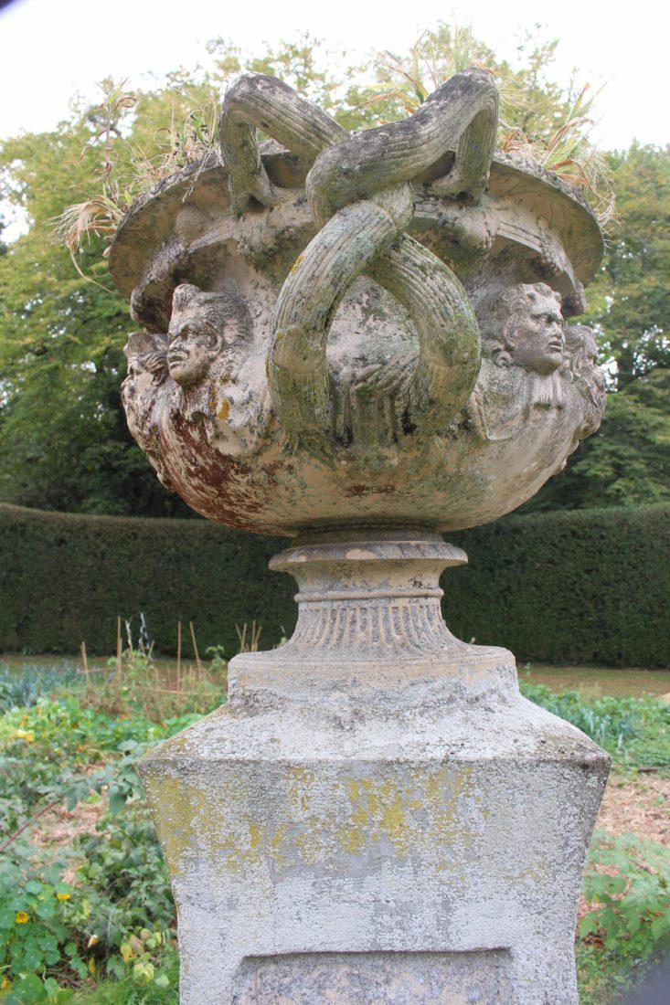 ferney Voltaire vasque au jardin