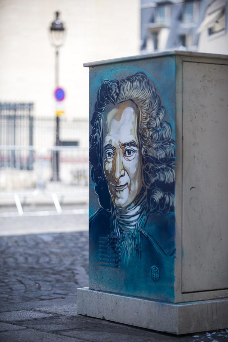 Paris Autour du Pantheon Voltaire - C215g