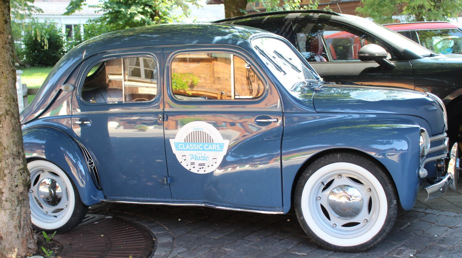 Classic Cars and Music Saanen 4CV