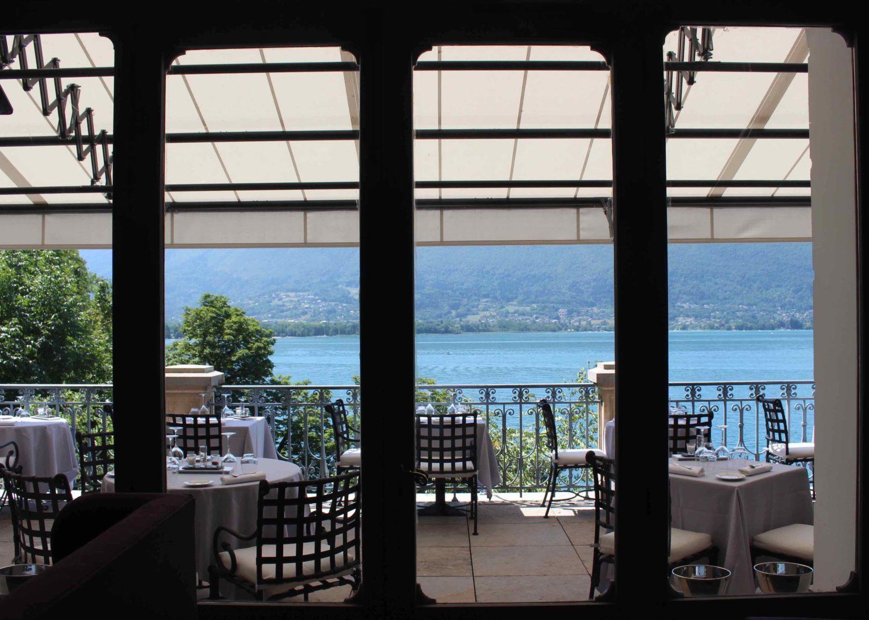 Le Palace de Menthon le restaurant -terrasse