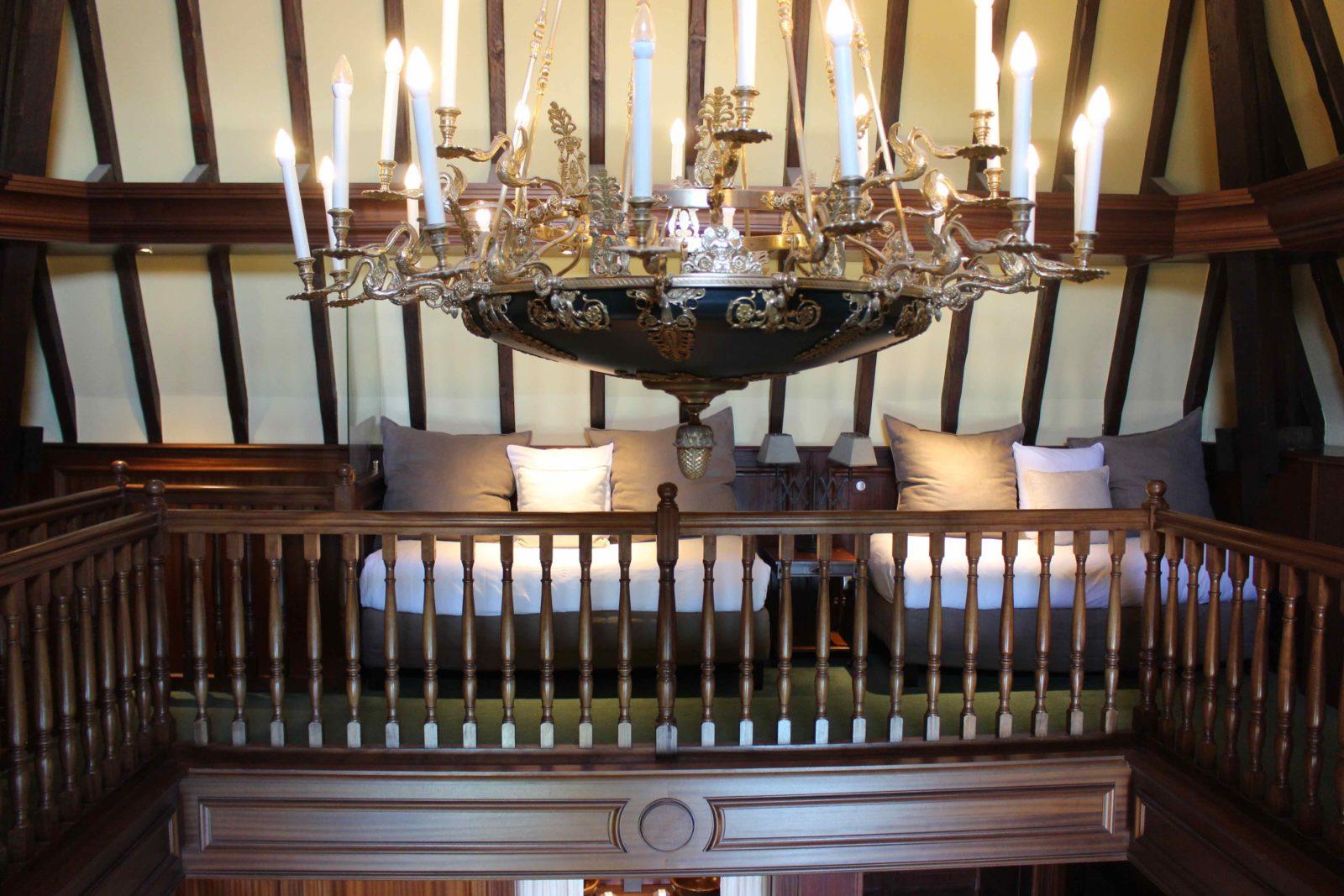 Le Palace de Menthon Lili's suite le lustre Napoleon III