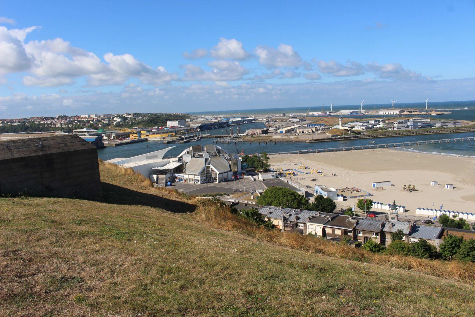 Boulogne-sur-Mer vue sur plage et port