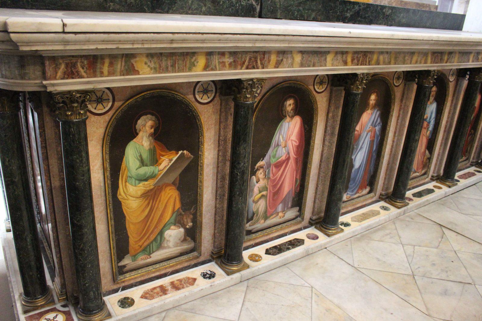 Boulogne-sur-Mer l'autel Torlonia de la cathédrale