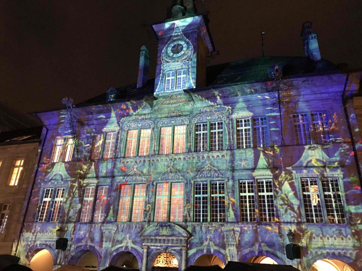 Bônoel Lausanne 2018 façade hotel de ville multicolore
