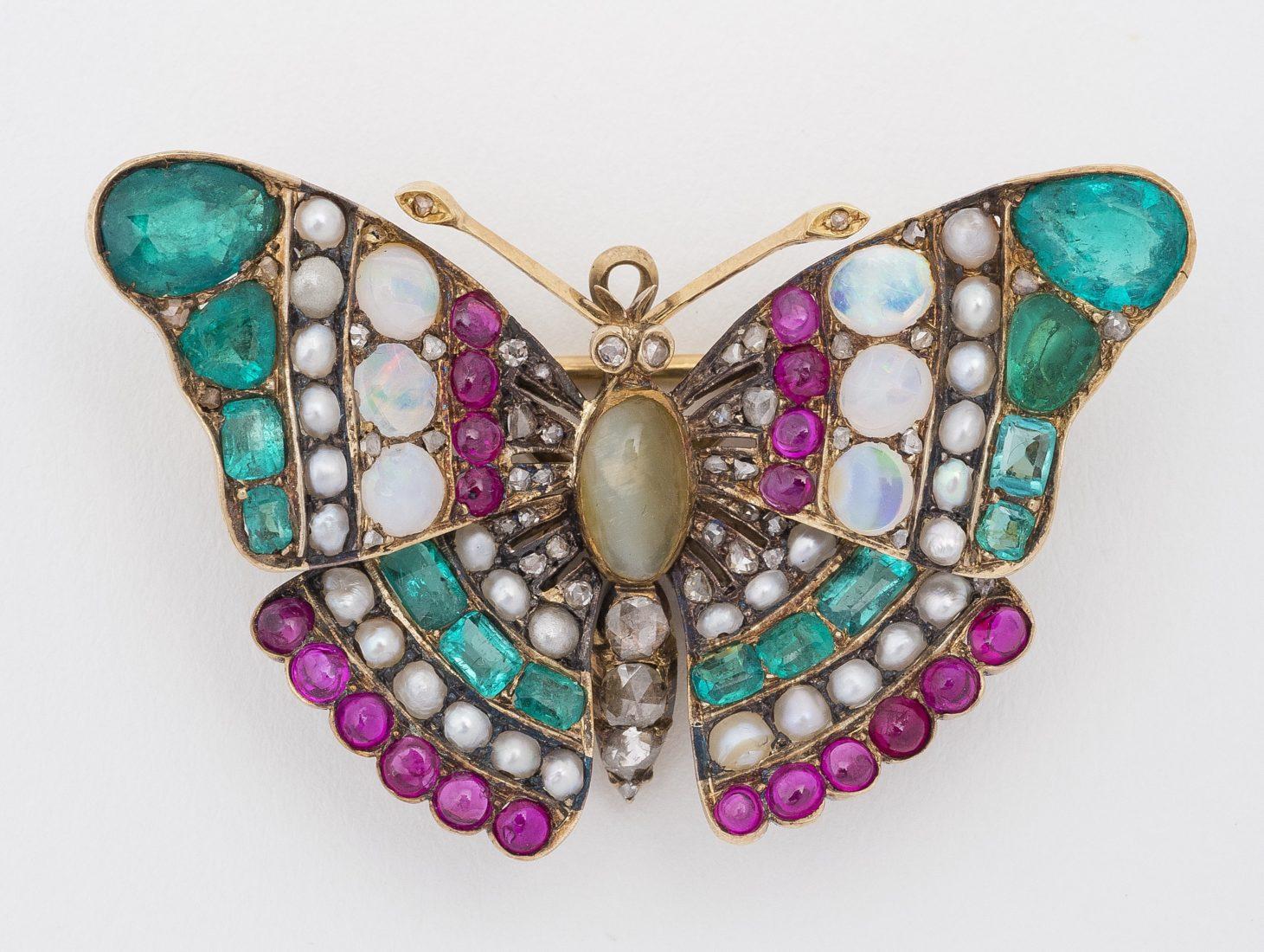 Exposition à Istra (Russie) Fabergé broche Papillon