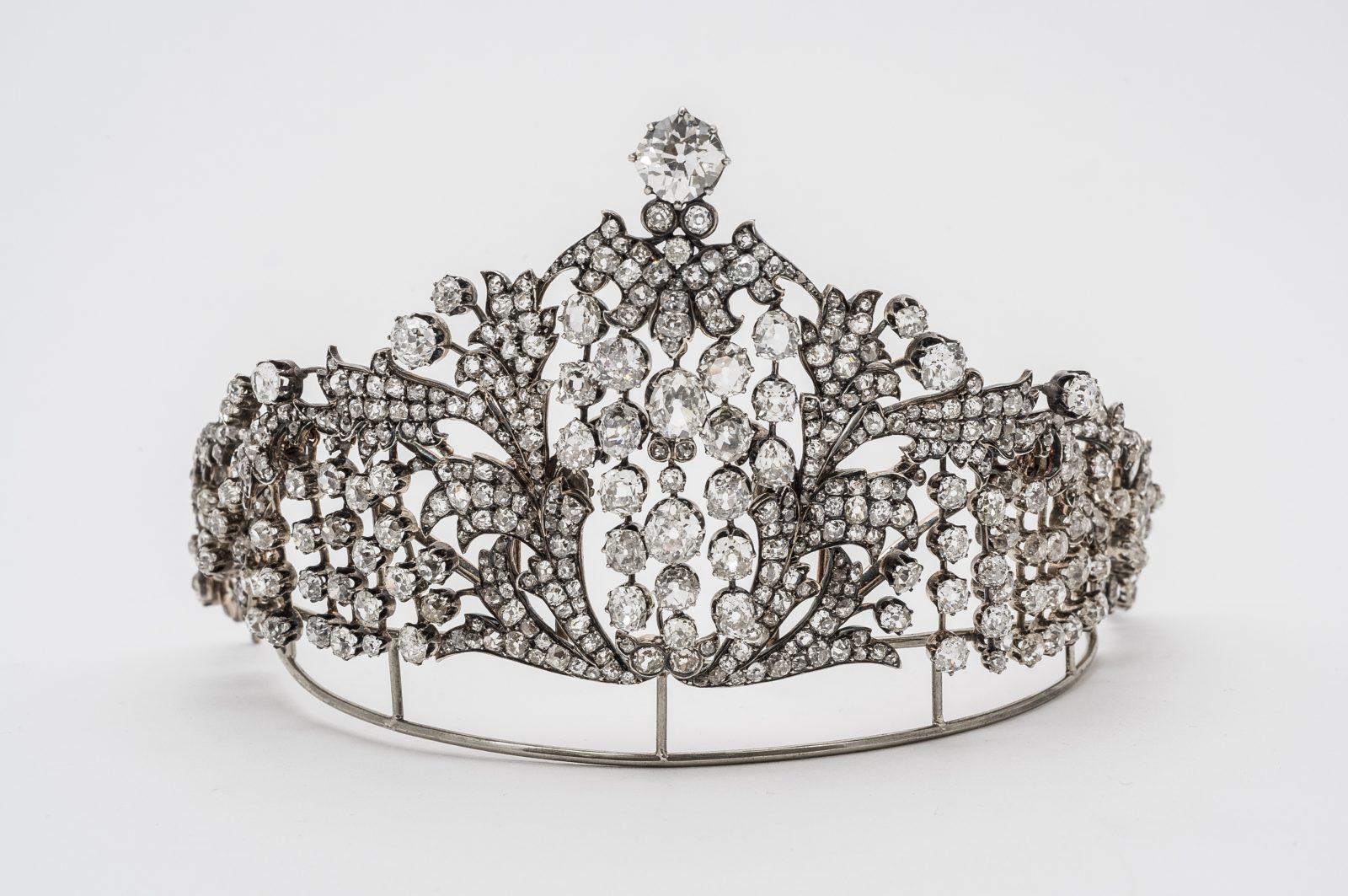 Exposition à Istra (Russie) Fabergé tiare de l'impératrice