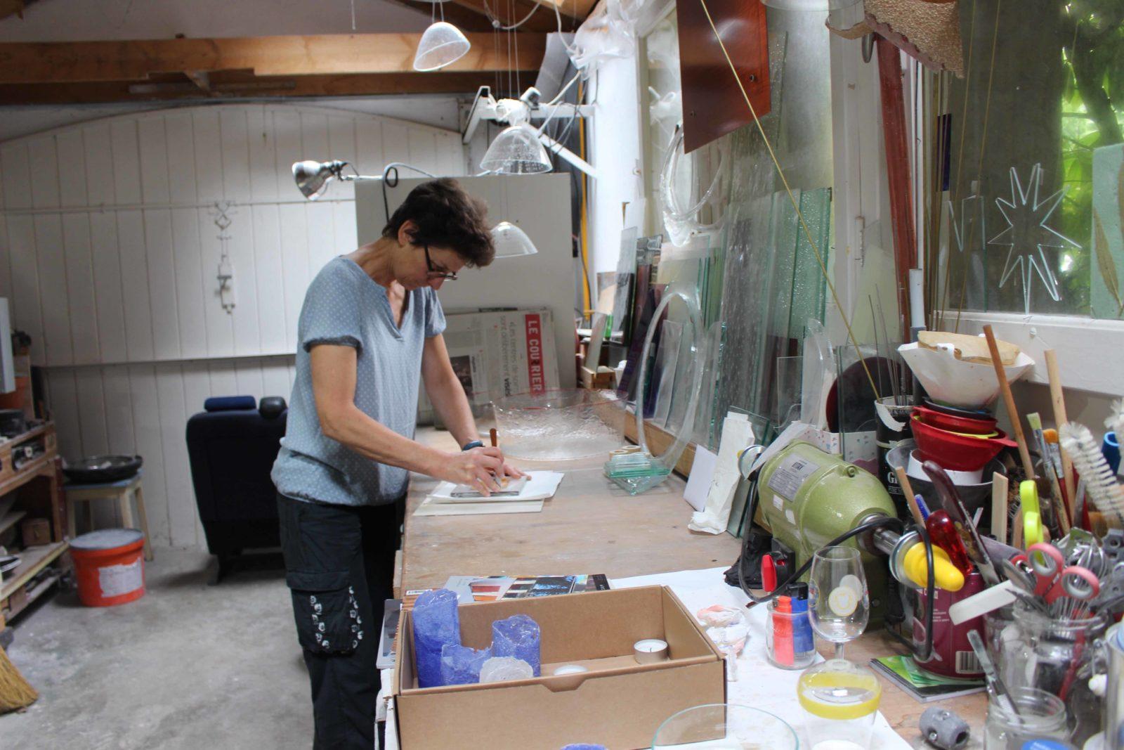 francoise Bolli dans son atelier