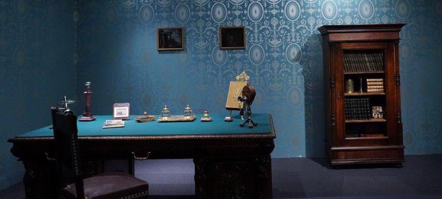 Exposition à Istra (Russie) Fabergé bureau directeur Fabergé