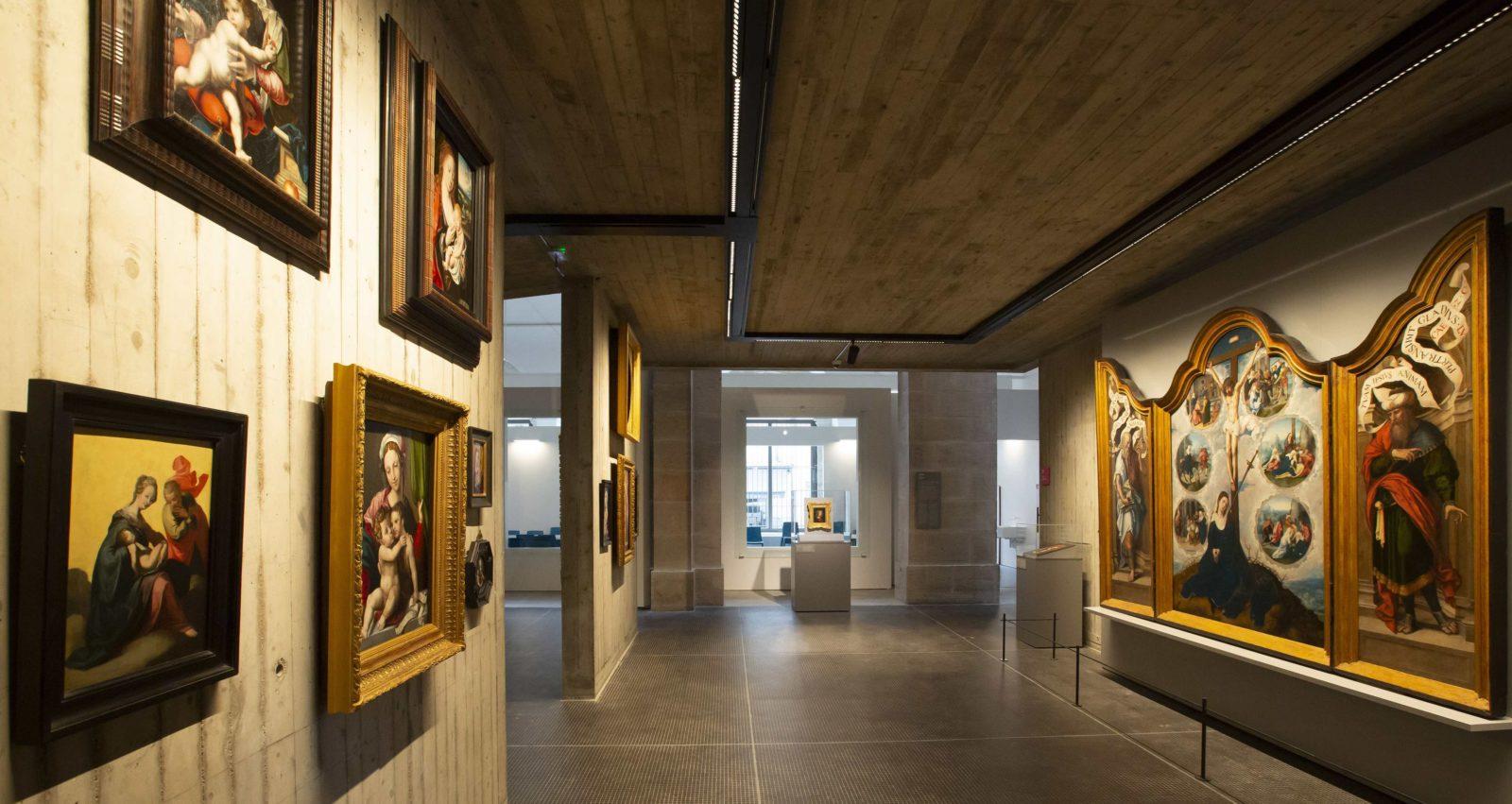 mbaa Besançon vue sur Le triptyque de Notre-Dame des Sept-Douleurs