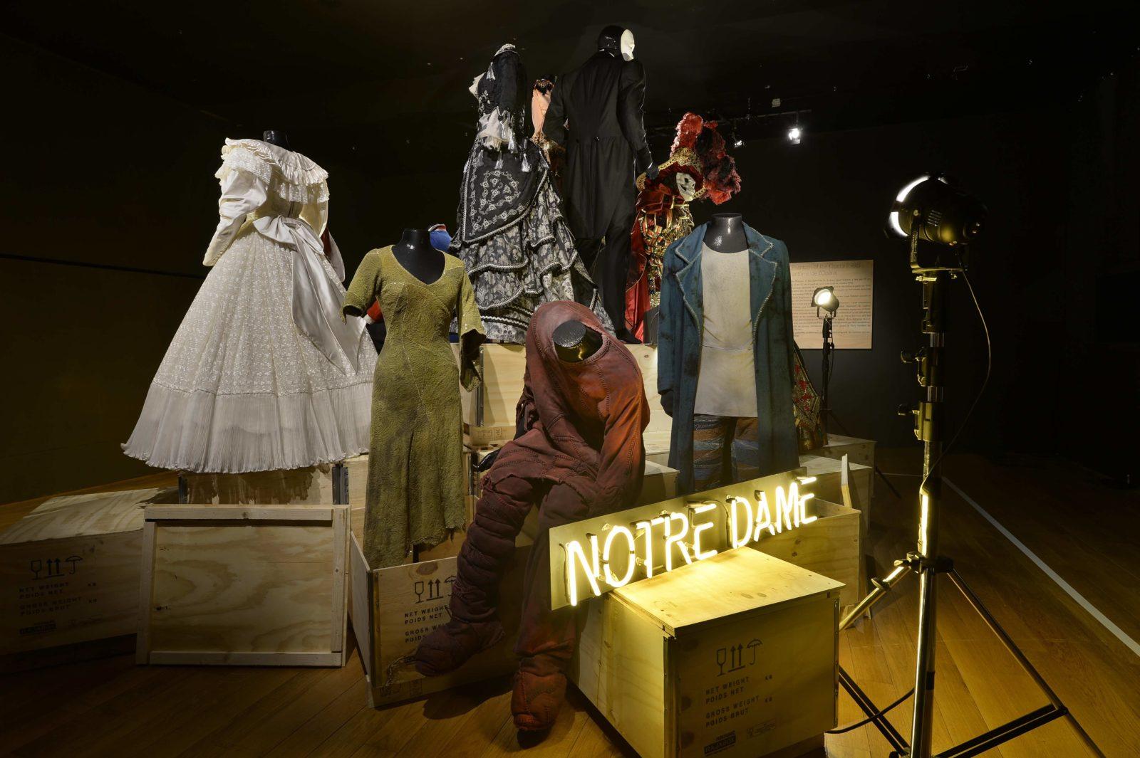 Cncs Moulins comedies musicales costumes de Notre Dame de Paris