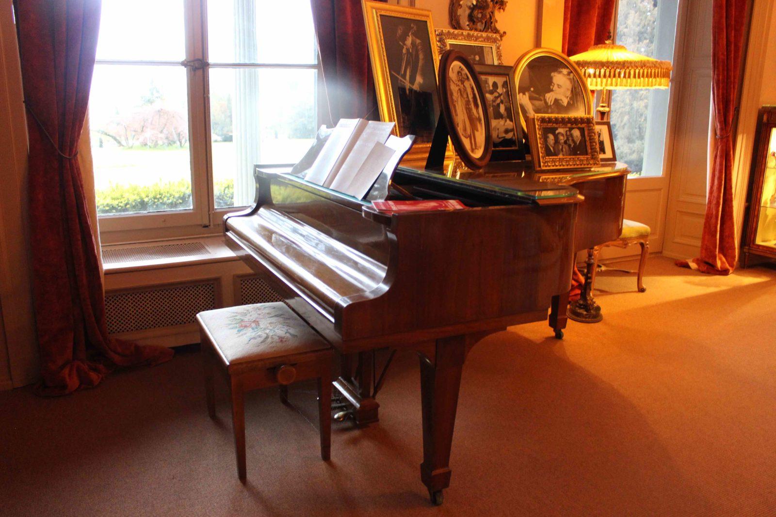 Manoir de Ban Corsier sur Vevey le piano de Charlie Chaplin