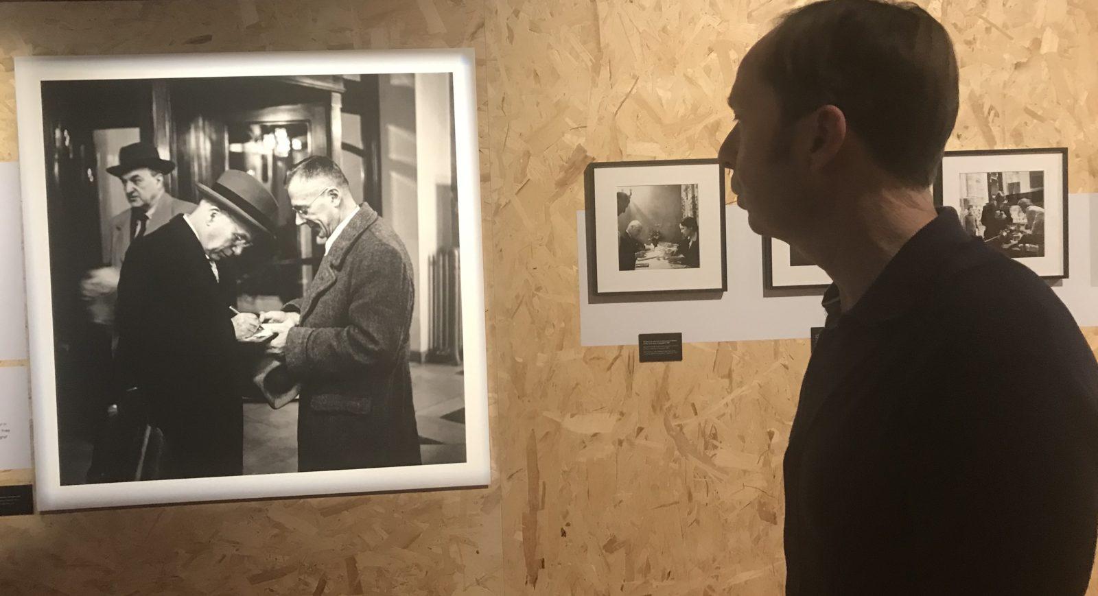 Exposition Chaplin Personal ~Luc Debraine