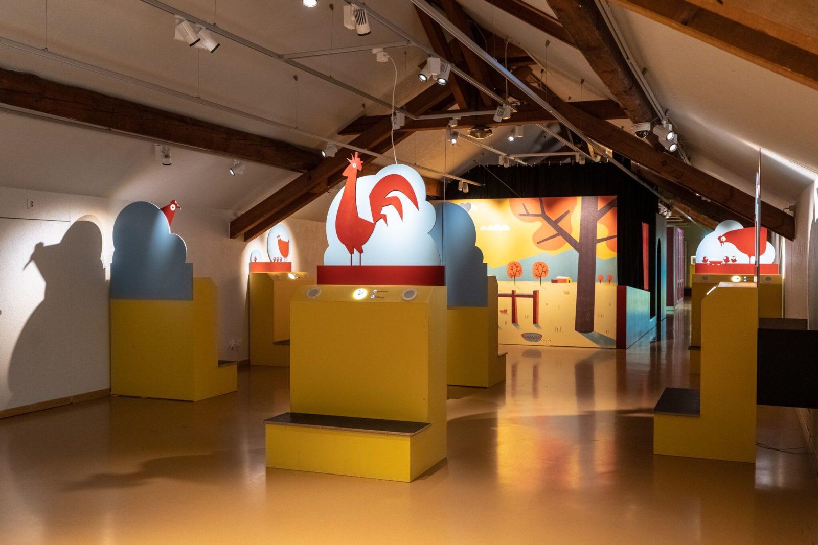 MHNF<br>vue expo Poussins – Cot-cot-cot-codec- renard