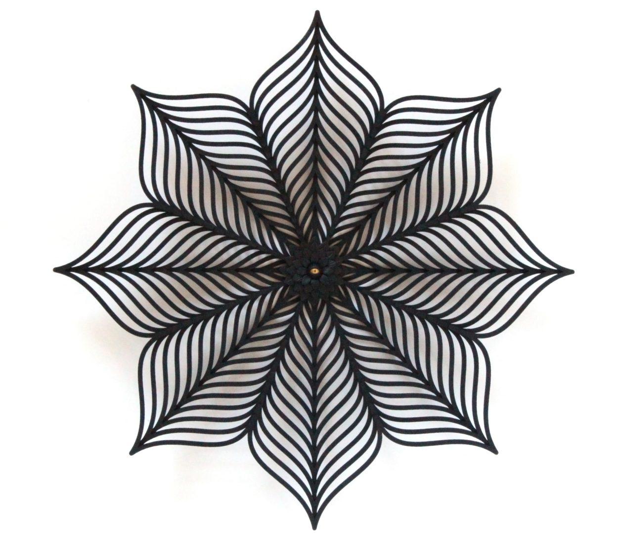 Calais cité dentelle et mode Dorothée Vantorre_Dark flower 3-2