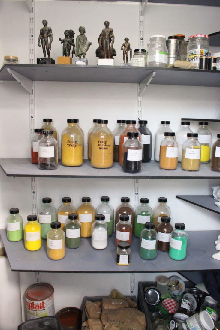 Besançon atelier de moulage - les pigments