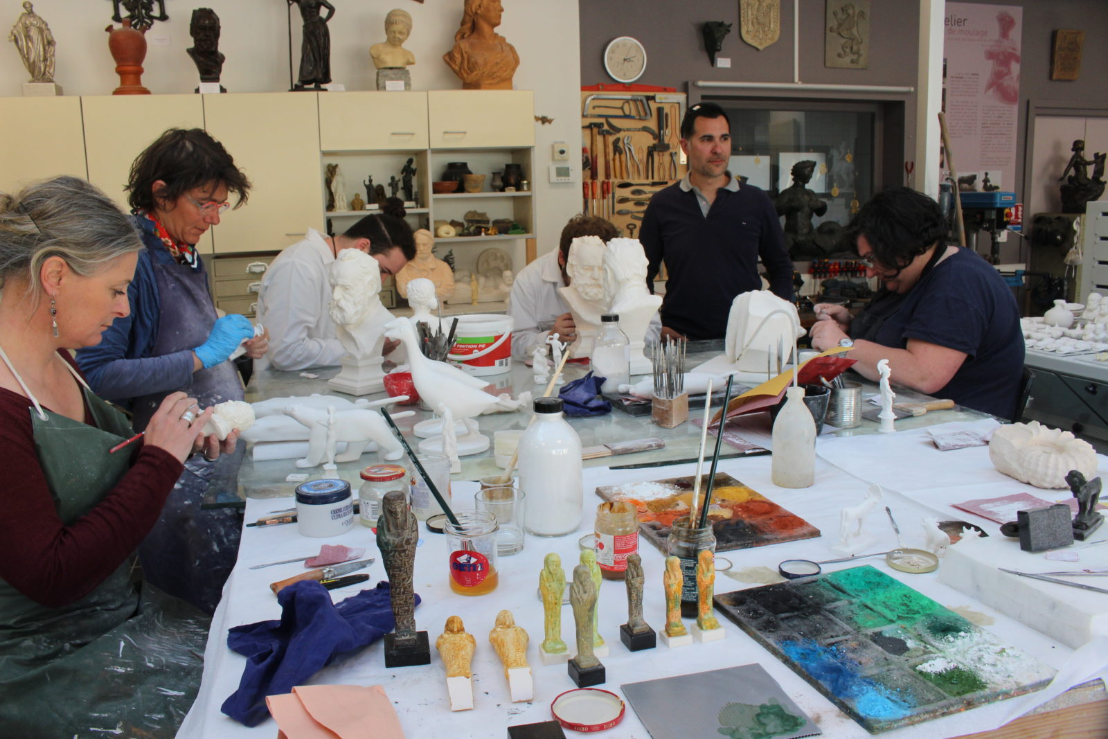 Besançon atelier de moulage - Alexandre Rioton et son équipe