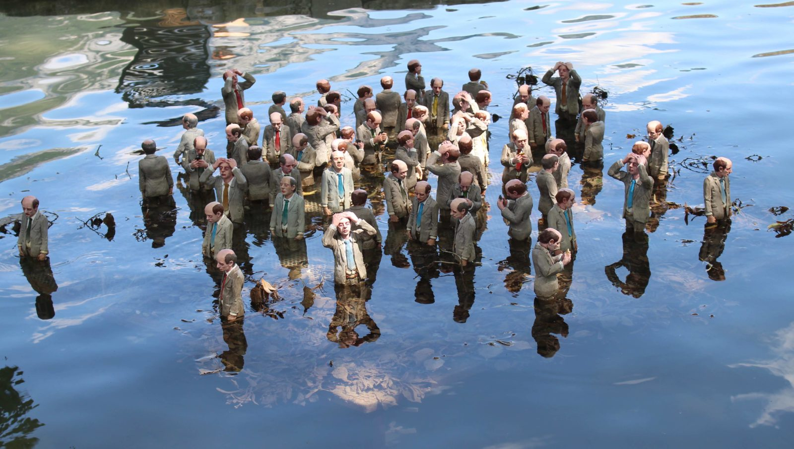 Annecy 2019 Follow the leaders - Isaac Cordal :